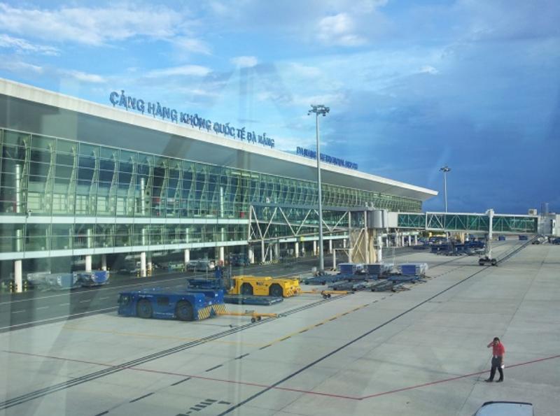 Trưa ngày 12/10, sẽ có 2 chuyến bay đưa 406 người dân của Đà Nẵng từ TP. Hồ Chí Minh về quê.
