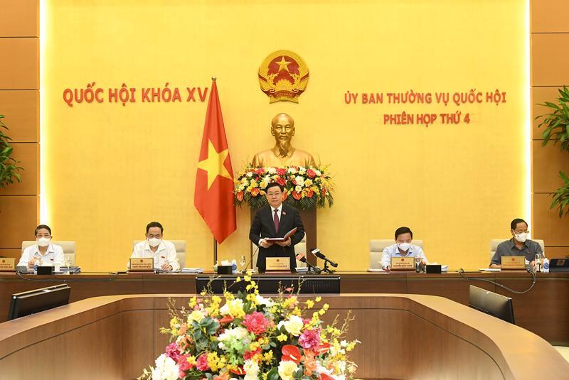 Chủ tịch Quốc hội Vương Đình Huệ chủ trì khai mạc phiên họp thứ 4 của Ủy ban Thường vụ Quốc hội - Ảnh: Quochoi.vn