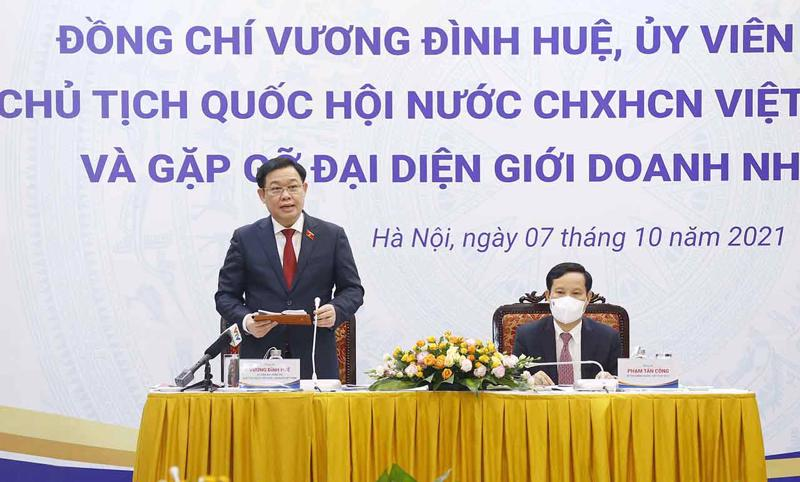 Photo from Quochoi.vn