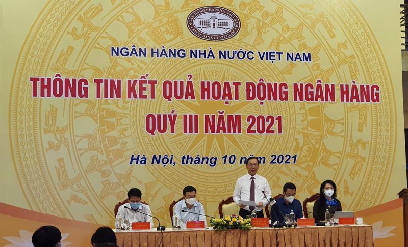 Ông Đào Minh Tú, Phó Thống đốc Ngân hàng Nhà nước phát biểu tại buổi thông tin