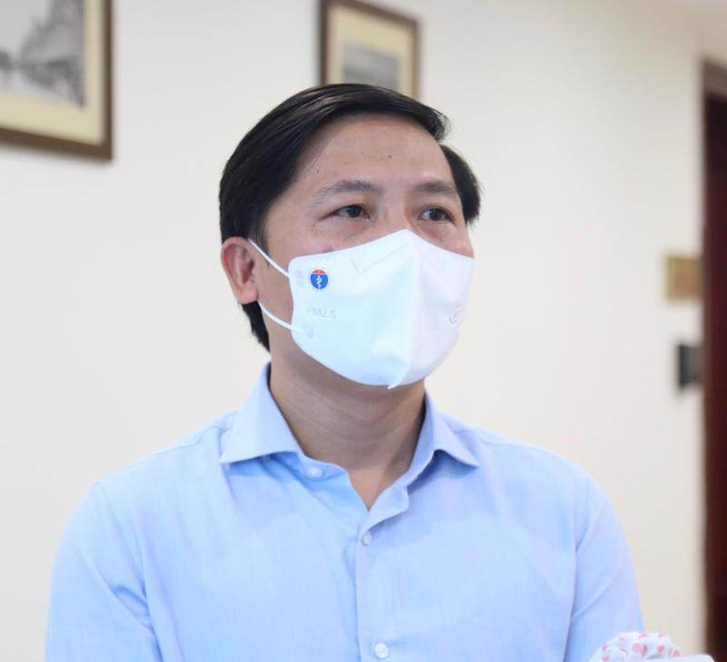 Mr. Nguyen Thanh Liem, Director of the Hanoi Department of Information and Communications.