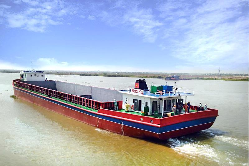 Tuyến vận tải thủy Việt Nam - Campuchia tăng trưởng mạnh sau 10 năm mở tuyến.