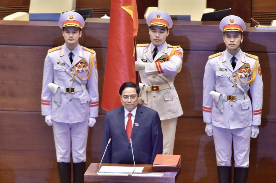 Chùm ảnh tân Thủ tướng Phạm Minh Chính tuyên thệ nhậm chức - Ảnh 3.
