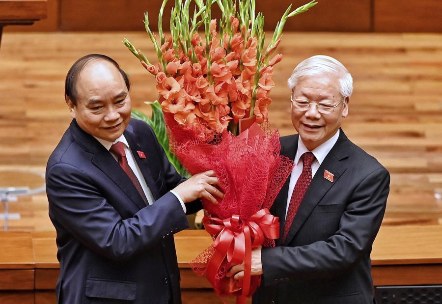 Chùm ảnh tân Chủ tịch nước Nguyễn Xuân Phúc tuyên thệ nhậm chức - Ảnh 6.