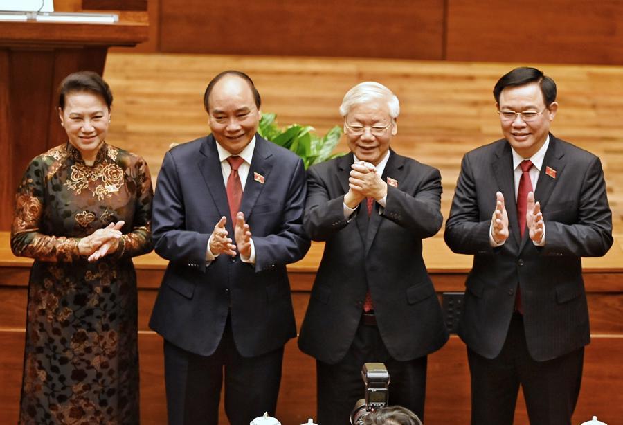 Chùm ảnh tân Chủ tịch nước Nguyễn Xuân Phúc tuyên thệ nhậm chức - Ảnh 7.
