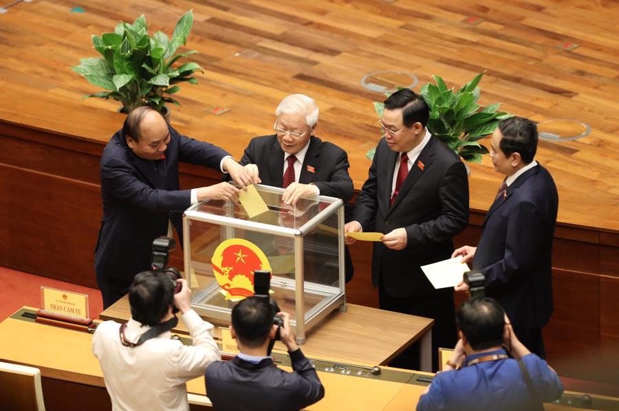 Chùm ảnh tân Thủ tướng Phạm Minh Chính tuyên thệ nhậm chức - Ảnh 8.