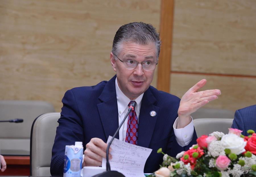 Việt Nam tìm kiếm nguồn vaccine Covid-19 từ Mỹ, EU, Nhật Bản - Ảnh 1.