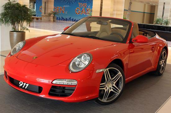 Những điều thú vị về siêu xe Porsche 911 Carrera Cabriolet - Ảnh 1