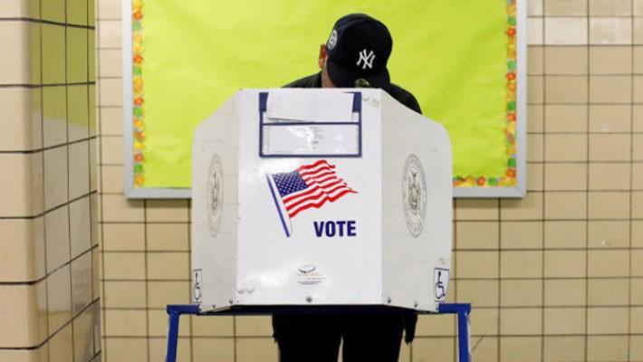 Nước Mỹ bắt đầu cuộc bầu cử Quốc hội có ý nghĩa đặc biệt - Ảnh 1.