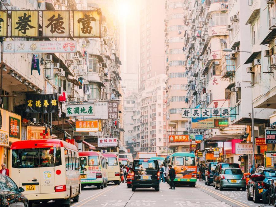 Cuộc sống thượng lưu của giới siêu giàu tại Hồng Kông - Ảnh 1.