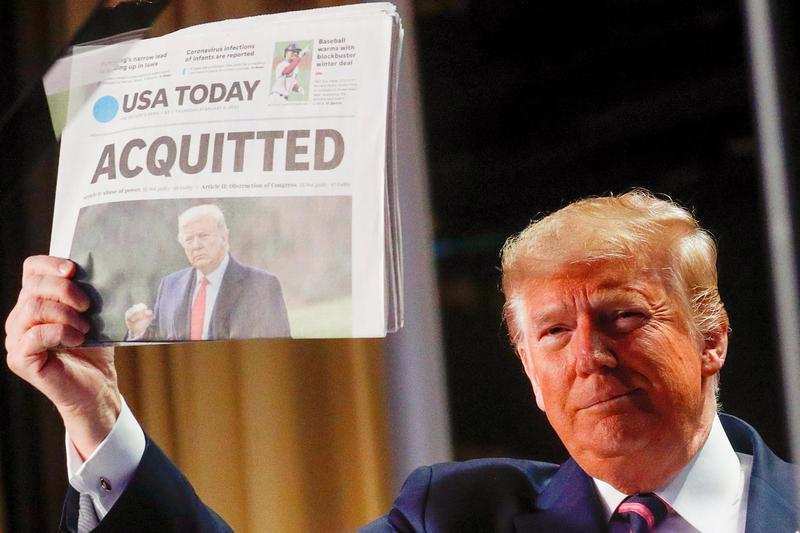 10 khoảnh khắc đáng nhớ nhất của chiến dịch tranh cử tổng thống Mỹ 2020 - Ảnh 1.