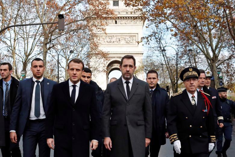 Paris tính ban bố tình trạng khẩn cấp sau cuộc bạo loạn cuối tuần - Ảnh 10.