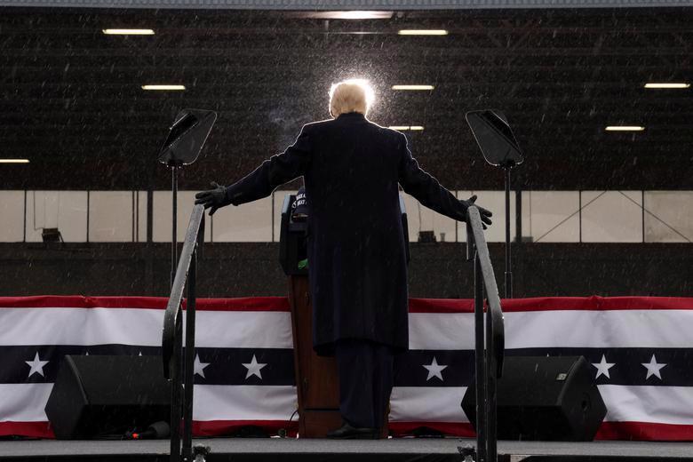 2 ứng viên tổng thống Mỹ bước vào tuần chạy đua nước rút - Ảnh 10.