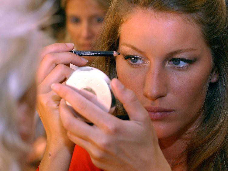Thương hiệu Victorias Secret đang mất dần ánh hào quang? - Ảnh 9.