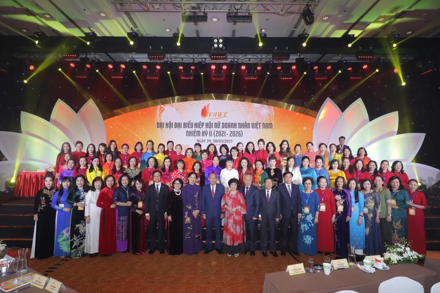 Nâng vị thế doanh nhân nữ trong nền kinh tế số - Ảnh 1.