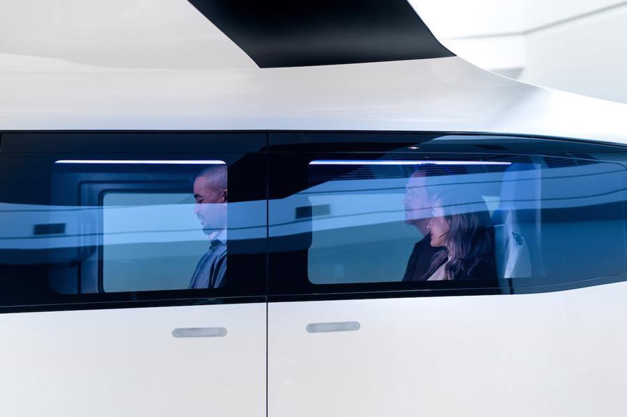 Cận cảnh nội thất taxi bay chở khách đầu tiên của Uber - Ảnh 11.