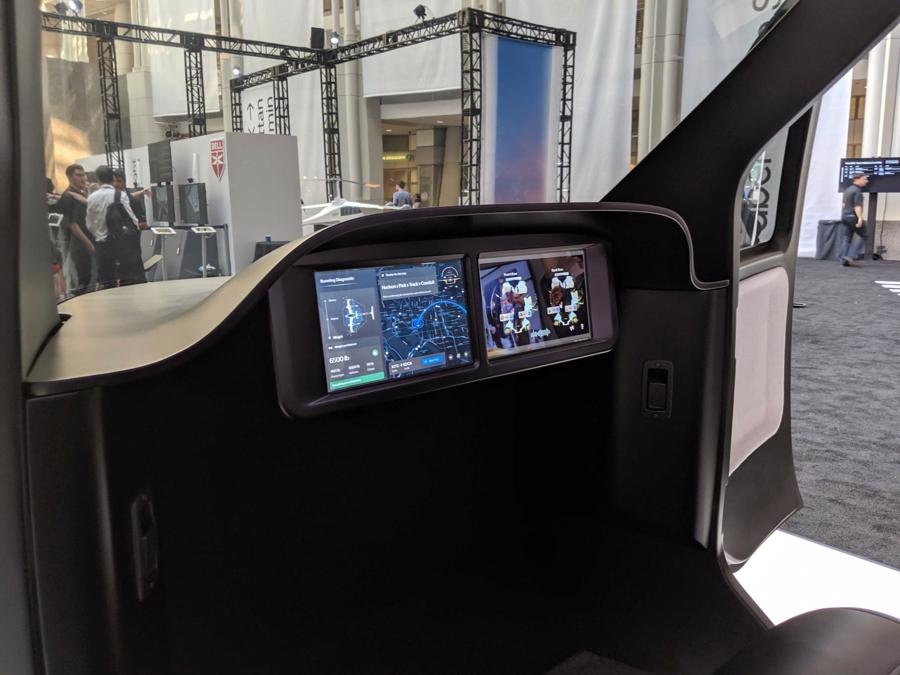 Cận cảnh nội thất taxi bay chở khách đầu tiên của Uber - Ảnh 12.