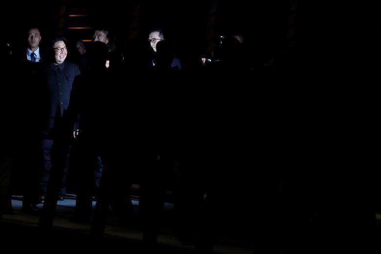 Chùm ảnh ông Kim Jong Un đi dạo đêm ở Singapore - Ảnh 14.