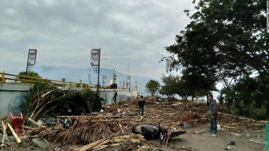 Động đất, sóng thần tại Indonesia: Hàng nghìn người có thể đã thiệt mạng - Ảnh 14.