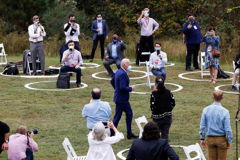 2 ứng viên tổng thống Mỹ bước vào tuần chạy đua nước rút - Ảnh 16.