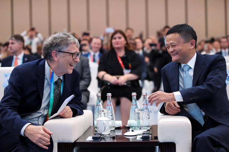 Jack Ma và Bill Gates tại Hội chợ Nhập khẩu Quốc tế Trung Quốc CIIE 2018