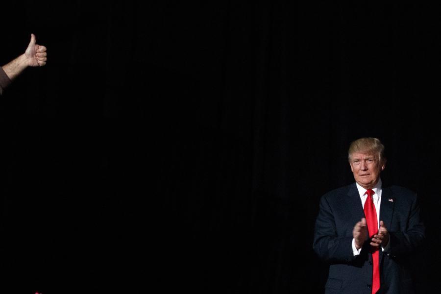Những khoảnh khắc đáng chú ý trong cuộc đời và sự nghiệp của ông Trump - Ảnh 20.