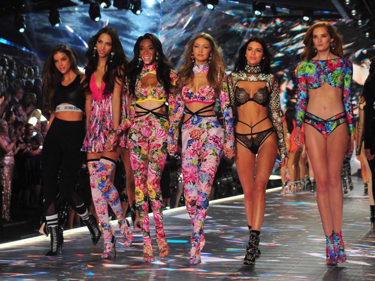 Thương hiệu Victorias Secret đang mất dần ánh hào quang? - Ảnh 16.