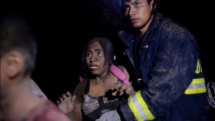 Hàng trăm người thương vong vì núi lửa phun trào ở Guatemala - Ảnh 1.