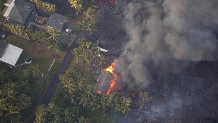 """Dòng sông nham thạch ở Hawaii """"nuốt chửng"""" 600 căn nhà - Ảnh 1."""