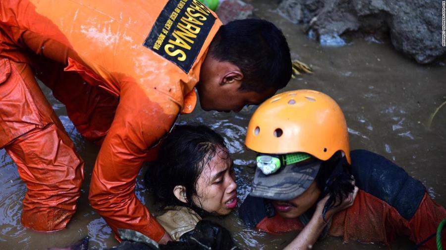 Động đất, sóng thần tại Indonesia: Hàng nghìn người có thể đã thiệt mạng - Ảnh 3.