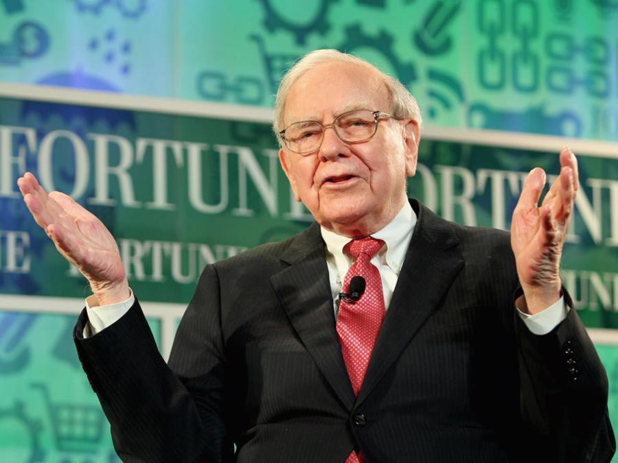 Warren Buffett tiêu khối tài sản gần 90 tỷ USD như thế nào? - Ảnh 1.