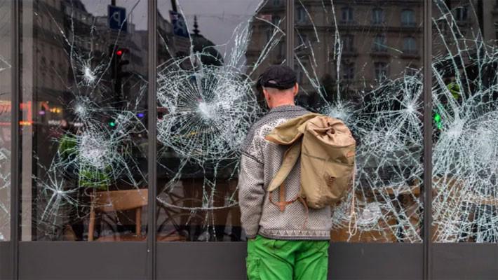 """Pháp gọi biểu tình """"áo vàng"""" là thảm họa đối với nền kinh tế - Ảnh 1."""