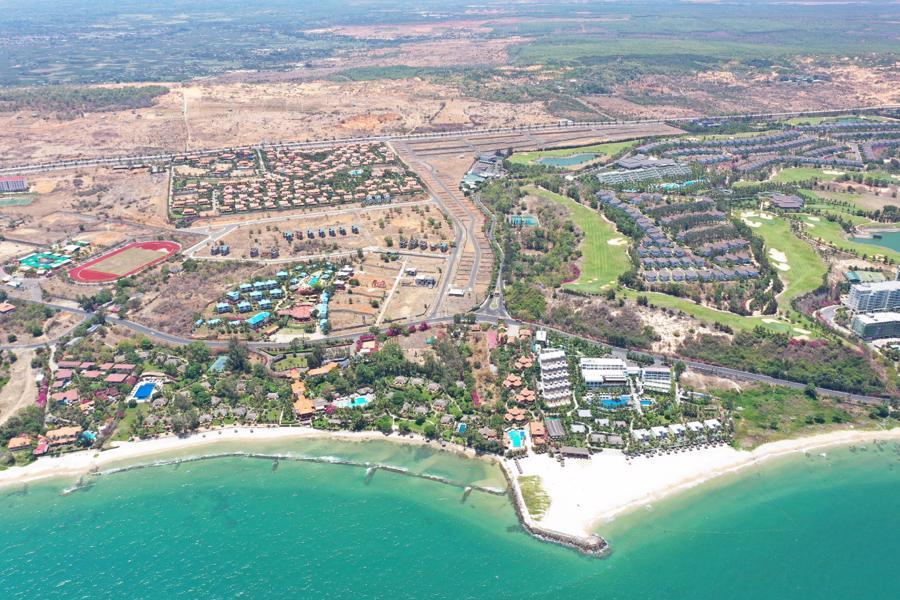 Xuất hiện biệt thự 11 phòng giá 7 tỷ trên đồi ngắm hoàng hôn đẹp bậc nhất Phan Thiết - Ảnh 1.