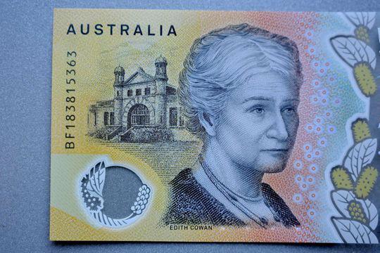 Gần 400 triệu tờ Đôla Australia bị in sai do lỗi đánh máy - Ảnh 1.