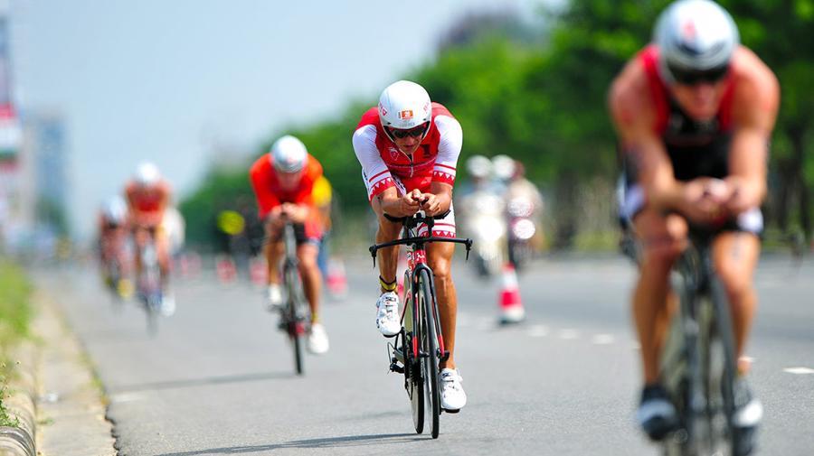 Từ Techcombank Ironman đến đường đua trong cuộc sống thường nhật - Ảnh 1.