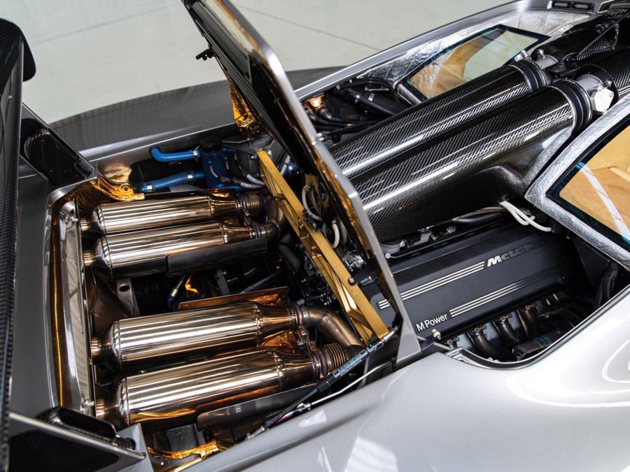 Xe hiếm McLaren F1 được bán với giá kỷ lục 19,8 triệu USD - Ảnh 2.