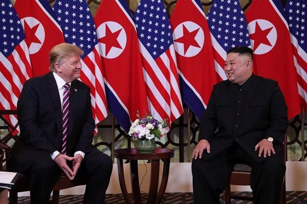 """Gặp ông Kim Jong Un, ông Trump hứa """"một tương lai tuyệt vời"""" cho Triều Tiên - Ảnh 4."""