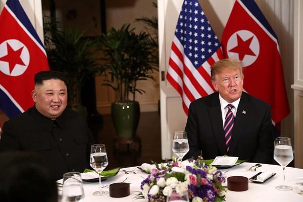 """Gặp ông Kim Jong Un, ông Trump hứa """"một tương lai tuyệt vời"""" cho Triều Tiên - Ảnh 5."""