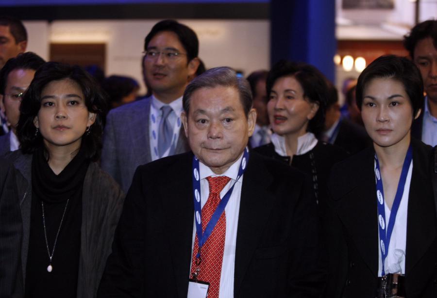 Chủ tịch Lee Kun Hee xây dựng Samsung trở thành đế chế khổng lồ thế nào? - Ảnh 1.