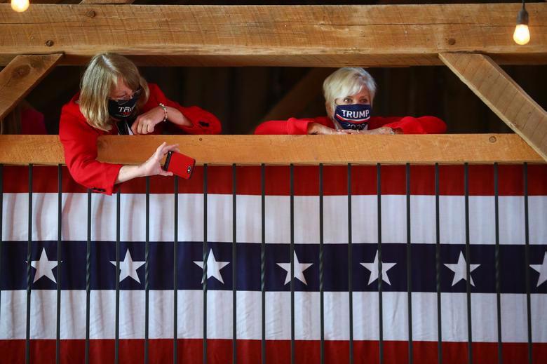 2 ứng viên tổng thống Mỹ bước vào tuần chạy đua nước rút - Ảnh 22.