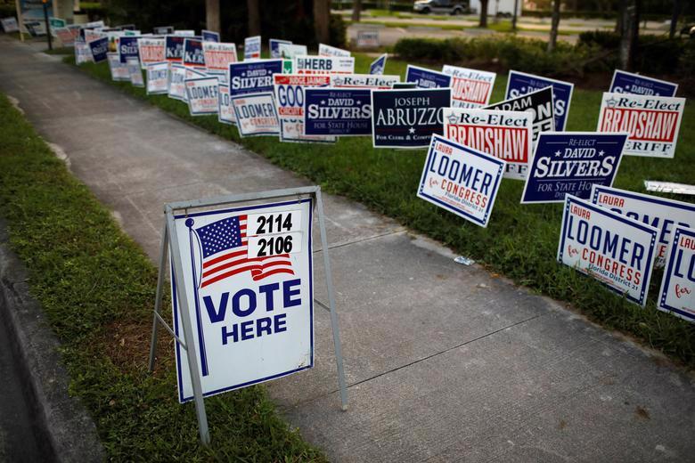 Người Mỹ đi bỏ phiếu chọn Tổng thống, ngày bầu cử êm xuôi - Ảnh 16.