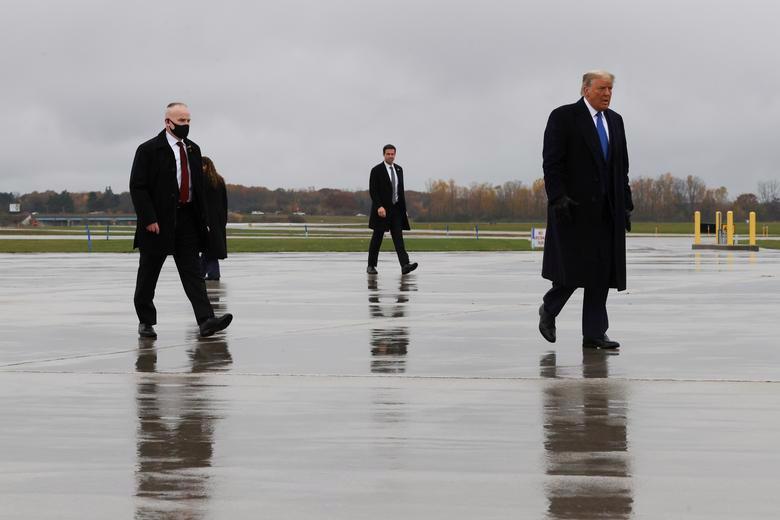 2 ứng viên tổng thống Mỹ bước vào tuần chạy đua nước rút - Ảnh 23.