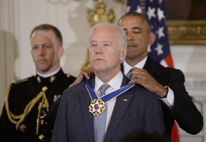 Chùm ảnh đáng nhớ trong cuộc đời và sự nghiệp của ứng viên tổng thống Joe Biden - Ảnh 25.