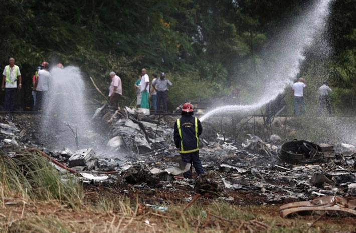 Rơi máy bay chở khách ở Cuba, hơn 100 người thiệt mạng - Ảnh 4.
