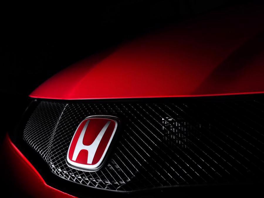 12 thương hiệu ôtô đắt giá nhất thế giới - Ảnh 4.