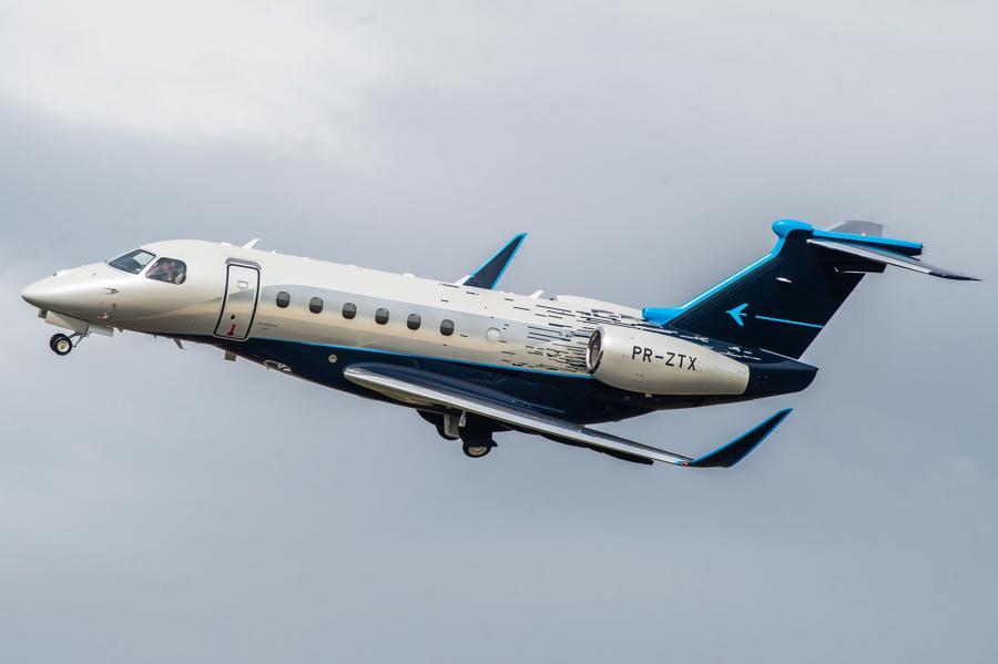 Máy bay cá nhân với nội thất lấy cảm hứng từ bãi biển Brazil - Ảnh 3.