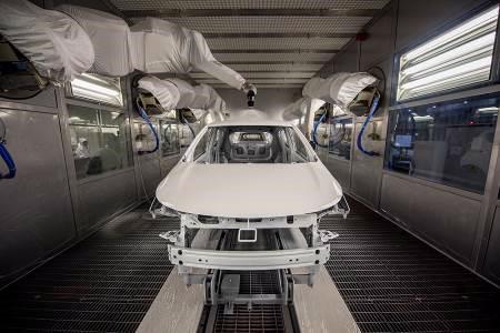 Bên trong nhà máy sản xuất 38 xe ô tô/giờ của VinFast - Ảnh 4.