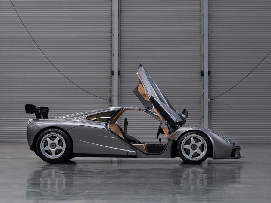 Xe hiếm McLaren F1 được bán với giá kỷ lục 19,8 triệu USD - Ảnh 4.