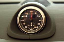 Những điều thú vị về siêu xe Porsche 911 Carrera Cabriolet - Ảnh 7