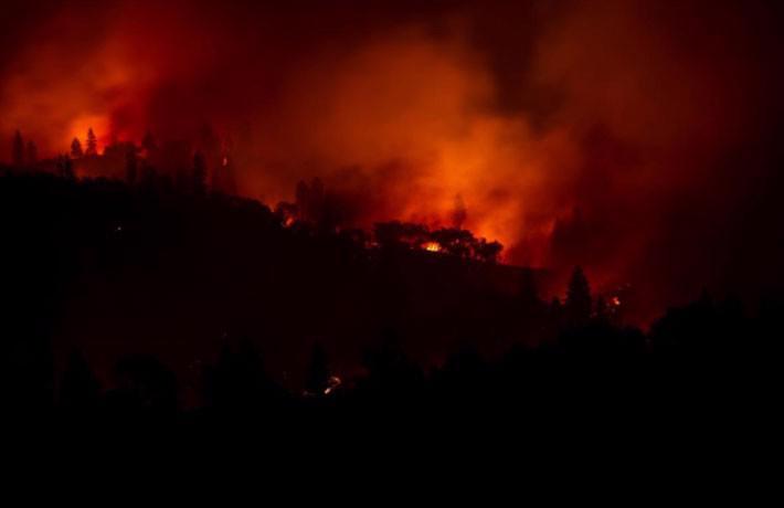 Cận cảnh vụ cháy rừng lịch sử khiến ít nhất 31 người thiệt mạng ở California - Ảnh 5.